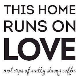 Wallsticker - This home runs on love, sort