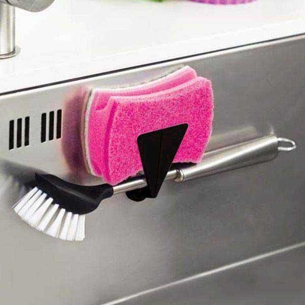 Moderne Reenbergs magnetisk holder t. opvaskebørsten i sort. Køb her BH21